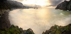 Playa del silencio II (Jose Peral Merino) Tags: sol atardecer mar asturias playa ocaso cudillero rocas cantbrico playadelsilencio
