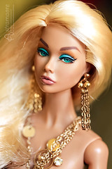 Aurelia (astramaore) Tags: portrait beauty fashion toy gold golden glamour doll blueeyes tan fair poppy blonde 16 chic tanned fulllips aurum dollphotography integritytoys poppyparker astramaore
