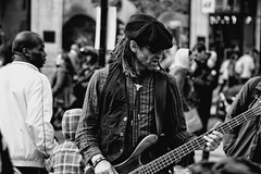 Indulge yourself (kl1809) Tags: street uk bw london canon guitar streetperformer performer oxfordstreet oxfordcircus 5dii