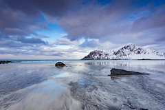 Skagsanden (Lukasz Lukomski) Tags: sea sky mountains reflection beach water norway clouds wow island coast norge sand europa europe scandinavia góry woda archipelago ♡ morze chmury niebo plaża odbicie piasek sigma1020 norwegia wyspa wybrzeże skandynawia flakstadøya nikond7200 lukaszlukomski