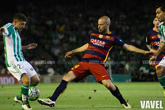 Betis - Barcelona 097 (VAVEL Espaa (www.vavel.com)) Tags: fotos bara rbb portillo fcb betis 2016 fotogaleria vavel mascherano futbolclubbarcelona primeradivision realbetisbalompie ligabbva betisvavel barcelonavavel fotosvavel juanignaciolechuga