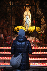 2015 12 06 Alto Adige - Bolzano - Mercatini di Natale_0091 (Kapo Konga) Tags: chiesa bolzano altoadige mercatini lumini mercatinidinatale