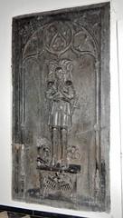 ca. 1500-1515 - 'jonkheer Lybrecht van Meldert, Lord of Meldert, Budingen, Vrolingen and Bombroek (+1484)', Sint-Ermelindiskerk, Meldert, Hoegaarden, province of Flemish Brabant, Belgium (RO EL (Roel Renmans)) Tags: church bench eyes sainte closed belgium tomb gothic bank lord tournament van piece pew heer armour église sire 1500 hoegaarden kerk banc dalle slab effigy haute jonker tracery armadura funéraire tombeau armure rüstung grabmal 1505 1510 libert 1515 1595 grafsteen harnas 1590 ermelindis meldert budingen 1484 écuyer closehelmet sintermelindiskerk jonkheer kerkbank vrolingen grafbeeld tassets joncker ermelinde lybrecht bombroek racourt passegarde