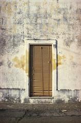 the doors #240 (.CLOSER.) Tags: city urban photography nikon doors 28mm finestra elements porta af nikkor astratto arco f4 architettura closer testo analogic trama allaperto