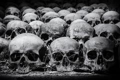 Im Gebeinhaus der St. Jakobs Kirche (Fotos4RR) Tags: skull tschechien brno ossuary czechrepublic kostnice morava schädel brünn česko stjakobskirche mähren churchofstjames kostelsvatéhojakubastaršího gebeinhause