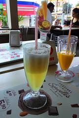 Sucos de frutas (Jos Argemiro) Tags: juice manga mint pineapple mango abacaxi suco hortel