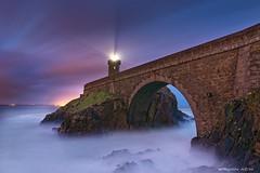 Phare du Minou (Kambr zu) Tags: sea lighthouse tourism sunrise bretagne brest pont swell hightide houle 117 finistre camaret leverdujour coefficient merdiroise lepetitminou erwanach kambrzu