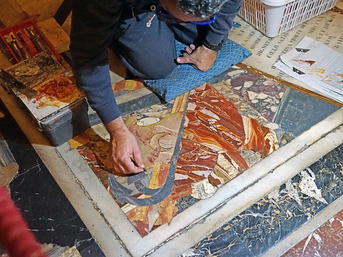 Restaurateur de marqueterie de pierres (La Valette, Malte)