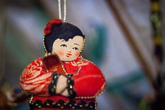 (086/366) Japanese Doll (CarusoPhoto) Tags: macro glass girl face canon project john asian japanese prime is photo doll day bokeh mark ii figure l 5d 365 usm caruso figurine 366 f28l ef100mm carusophoto ef100mmf28lmacroisusm