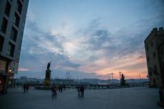 Verte (Seeing You) (Dibus y Deabus) Tags: sunset sky españa clouds canon atardecer spain gijón asturias cielo nubes gijon 6d plazueladelmasques