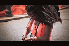 (TIBBA69) Tags: street city light people urban woman hair donna strada streetphotography persone cinematic luce capelli andreatiberini