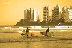"Life will never be perfect, but the perfect moments make it  all worthwhile"" - Marinela Reka (Maria Luiza S) Tags: ocean sea praia beach mar surf surfers surfistas oceano guaruja pontadasgalhetas"