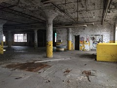 """""""If you came to conquer, you'll be king for a day, But you too will deteriorate and quickly fade away."""" - Greg Gaffin PhD (Bad Religion) (neilsharris) Tags: chicago abandoned industry urbanexploration cracks badreligion urbex cmd nocontrol greggaffin"""