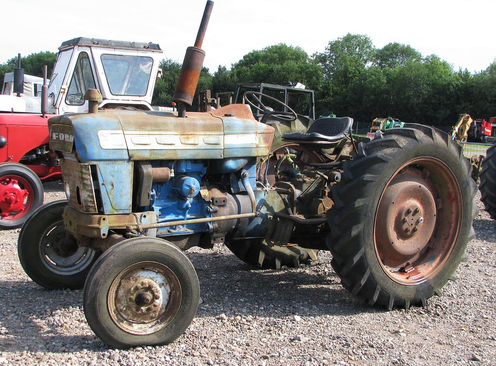 1975 Ford 4000 Tractor : The world s best photos of and ford flickr hive mind