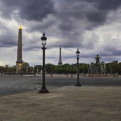 Place de la Concorde - Empty (VR Photographies) Tags: people cloud paris canon empty tripod nobody concorde 5d foule nuage dri hdr erase alignement benro