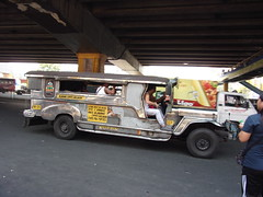 845 (renan & cheltzy) Tags: jeepney muntinlupa alabang malaguena