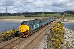 37423 Duddon viaduct 30th April 2016 (John Eyres) Tags: crossing with viaduct lancaster carlisle 1156 duddon 37423 2c48 300416