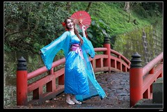 DP1U9385 (c0466art) Tags: old light portrait cute classic girl umbrella canon pose temple photography pretty place action outdoor quality gorgeous chinese taiwan sword lovely cloth charming elegant activity society pure keelung tranditional 1dx c0466art