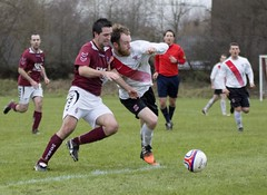 Ryan Holms goes shoulder to shoulder in competition for the ball (Stevie Doogan) Tags: park west scotland scottish first super juniors division league holm clydebank bole maybole bankies mcbookiecom