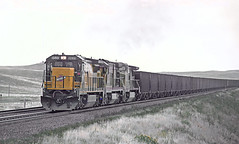 C&NW 8535, UP 3034, and  UP 9364-930912 Borie, WY on September 12, 1993 (railfan 44) Tags: chicago northwestern