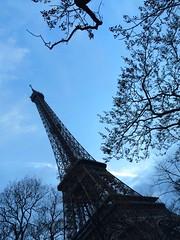 La Torre Eiffel (miquelopezgarcia) Tags: travel paris france tourism frana favme mobilephone francia iphone followme turisme coment iphone5s demataro miquellopez