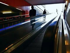 Hats off to the stranger (Alain Proviste) Tags: amsterdam escalator staircase escalier roltrap escalierroulant