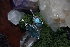 Moss Agate and Labradorite (Sedna 90377) Tags: agate moss wire crystals handmade crafts jewelry gemstones pendants labradorite wirework wirewrapped mossagate