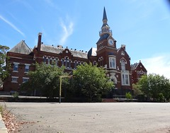 Bendigo. The grand Camp Hill state school. Built 1877 for one thousand students. (denisbin) Tags: school church catholic cathedral artgallery bank methodist poppet congregational camphill bendigo masonichall rosalindpark wesleyanmethodistchurch vahland surveyoffice wesleyanmethodsit