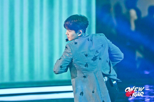 160328 Onew @ '23rd East Billboard Music Awards' 26095413271_416042e65f_z