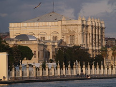 The Dolmabahe Palace, Istanbul (Steve Hobson) Tags: istanbul palace bosphorus saray dolmabahe