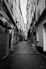 ...Very Nice... (fredf34) Tags: street blackandwhite bw white black france nature monochrome nice noiretblanc pentax sigma nb explore rue ricoh calme 1850 k3 sigma1850f28 fredf inexplore fredf34 pentaxk3 ricohpentaxk3 fredfu34