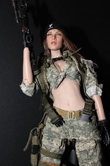 ACU Camo Female Shooter by Very Cool (kengofett) Tags: female figure shooter 16 verycool