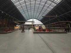 Eurostars's St Pancras International  Station London (a-dinosaur) Tags: london station st speed train high international pancras eurostarss