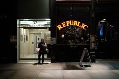 New York City 2016 (Rebortira) Tags: street newyorkcity shadow 35mm streetphotography streetscene sidewalk fujifilm unionsquare urbanlifestyle xpro2 classicchrome