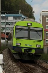 BLS Ltschbergbahn RBDe 565 731 Pendel - Pendelzug mit Taufname Bmpliz - Holligen ( Triebwagen ) in Wabern bei Bern im Kanton Bern der Schweiz (chrchr_75) Tags: hurni christoph schweiz suisse switzerland svizzera suissa swiss chrchr chrchr75 chrigu chriguhurni chriguhurnibluemailch april 2016 april2016 bahn eisenbahn schweizer bahnen zug train treno albumbahnenderschweiz juna zoug trainen tog tren  lokomotive  locomotora lok lokomotiv locomotief locomotiva locomotive railway rautatie chemin de fer ferrovia  spoorweg  centralstation ferroviaria albumblsltschbergbahn bls ltschbergbahn rbde pendel pendelzug regionalzug albumblsrbdependel