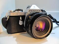 PENTAX ME (Claudio Arriens) Tags: camera 35mm pentax filme fotografia pentaxme