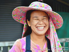 2015-11i Chiang Dao Market (01) (Matt Hahnewald) Tags: facingtheworld asia northernthailand chiangdao tuesdaymarket people portrait smiling thaiwoman thaismile marketwoman friendliness landofsmiles worldcultures travel tourism eyecontact market nikond3100 headshot ethnic ethnicportrait oneperson fabulous primelens nikkorafs50mmf18g woman female photography photo image horizontalformat colourful cultural thailand character personality realpeople human humanhead posing facialexpression consent encounter relationship emotion mood environmentalportrait travelportrait adult incredible authentic favourite outstanding fantastic awesome excellent superior closeup street 50mmlens threequarterview hat faceperception 4x3aspectratio color eyes outdoors face matthahnewaldphotography