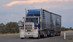 Rogers (quarterdeck888) Tags: nikon flickr transport frosty semi lorry trucks express rogers logistics kenworth bigrig overtheroad haulage quarterdeck class8 heavyvehicle cartage roadtransport heavyhaulage bdouble t904 dropdeck tautliner truckies d7100 highwaytrucks aussietrucks australiantrucks t908 expressfreight australiantransport freightmanagement jerilderietruckphotos jerilderietrucks outbacktrucks rogerstransport quarterdeckphotos