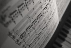 Msica (CuartoMenguARTE) Tags: life music triangles notes piano el salvador silencio 2016
