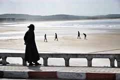 Morocco - Essaouira (sebnesme) Tags: beach silhouette sand sable morocco maroc contraste plage essaouira jeux