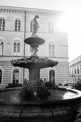 Catanzaro (daniel gigliotti2012) Tags: street bw cz statua catanzaro xpro1 xf18mm
