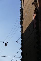 San Petronio (Daisuke Ido) Tags: shadow sky muro silhouette wall streetlight bricks ombra cables cielo bologna lampione sanpetronio cavi mattoni