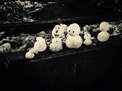Snowmen in Black and White (MarkRosauer) Tags: blackandwhite monochrome olaf frozen snowmen snowintokyo