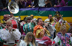 Colorful band plays at Gallier Hall (Monceau) Tags: playing colorful neworleans band parade mardigras kreweoftucks gallierhall