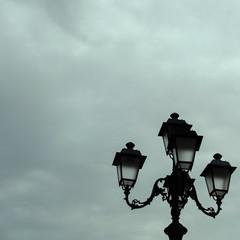 clouds (Nichymouse) Tags: city cloud fog streetlight streetlamp