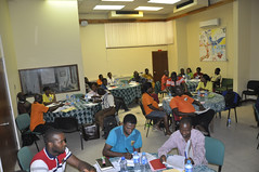Staff in team building training (IITA Image Library) Tags: workshop breeding nigeria teambuilding cassava ibadan iita manihotesculenta cassavabreedingunit
