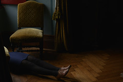 Scne N1 (VINSO Photographie) Tags: light david castle french dress robe lumire parquet femme chateau maison fauteuil chaussure vinso