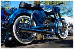 Zundapp,....Kingsday. (@FTW FoToWillem) Tags: rotterdam whitewalls moto motorcycle motor custom 125cc motocicleta zundapp motorad motorrad kustom motorcykel custompaint brommer ftw bromfiets rotterdamzuid motorfiets motosiklet denfield motociclo motocykel specialpaint fotowillem varkenssnuit stieltjesplein motociklas dapp kustompaint mopedo motornokolo zundappnl willemvernooy zundappspecial zundappart brommermeet dappspecial