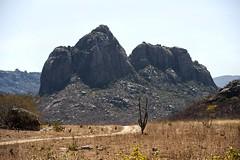 Serto (felipe sahd) Tags: brasil cear nordeste serto rochas semirido