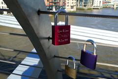 Paris Custom Comes to London (RobW_) Tags: bridge england london wednesday millenium april padlocks 2016 20apr2016